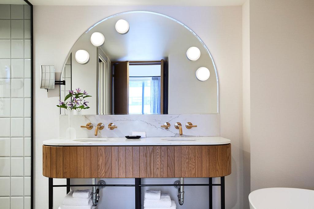 kimpton saint george hotel toronto canada mason studio naomi finlay dezeen 2364 col 14