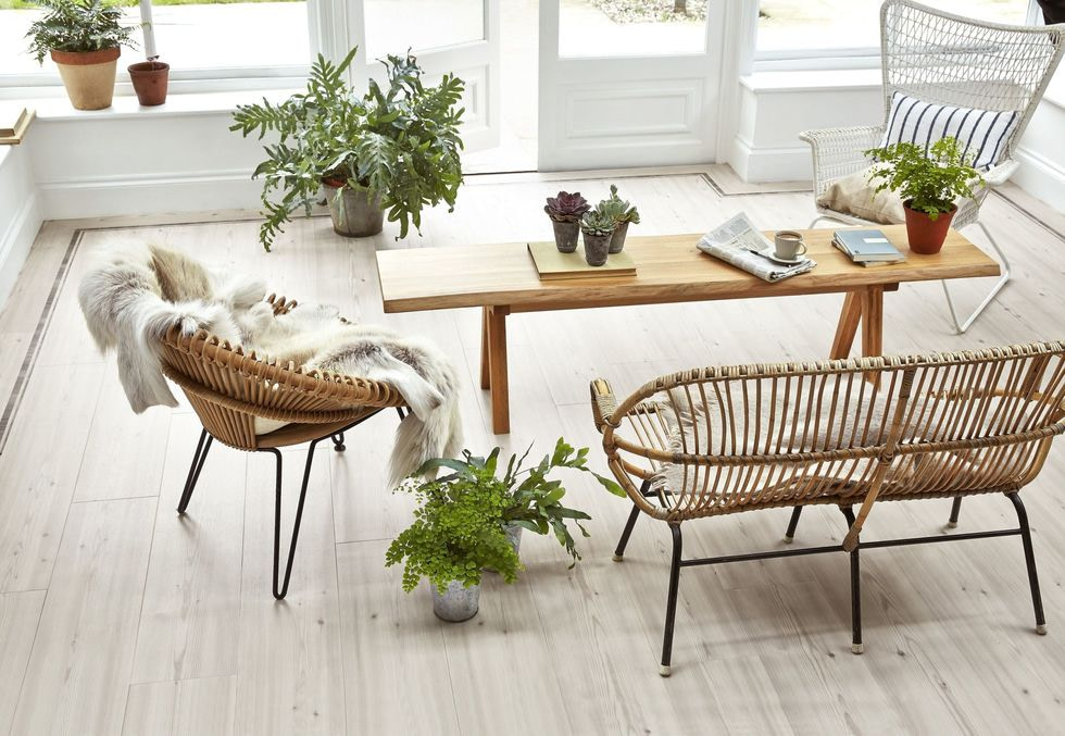 gallery 1490185824 amtico signature chalked pine offset stripe border pearl wash wood chalked pine from 70 per sq m2
